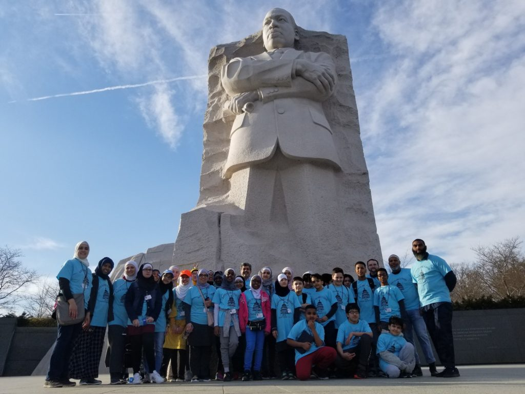 Class in front of MLK statue
